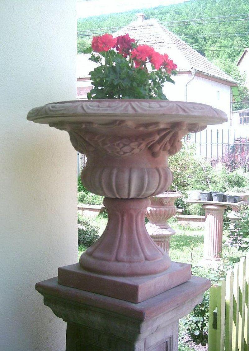 adelaparvu.com despre vase, ghivece, statuete, jardiniere din teracota, design Terecote, Sighisoara (5)