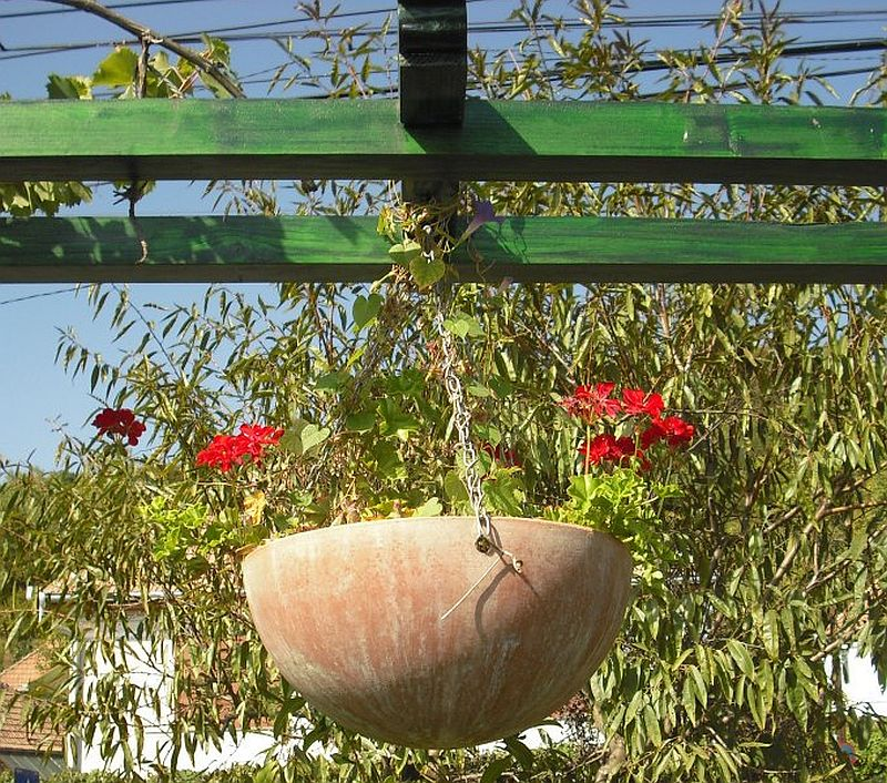 adelaparvu.com despre vase, ghivece, statuete, jardiniere din teracota, design Terecote, Sighisoara (8)