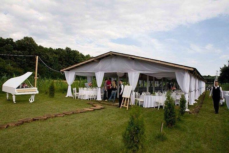 adelaparvu.com casa de nunti la tara, The Wedding House, designer Alina Popa (6)