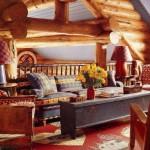 adelaparvu.com despre cabana din barne de lemn cu interioare rustic colorate, designer Antony Barata