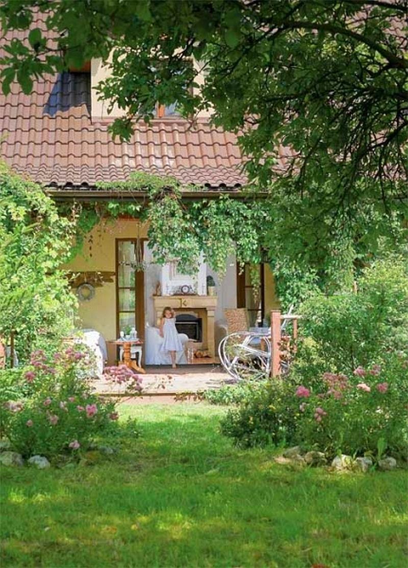 adelaparvu.com despre casa cu decor romantic, casa Polonia, designer Catherine Mazurkiewicz, Foto Weranda Country (5)