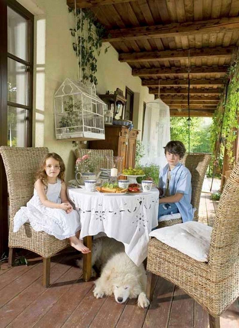 adelaparvu.com despre casa cu decor romantic, casa Polonia, designer Catherine Mazurkiewicz, Foto Weranda Country (7)