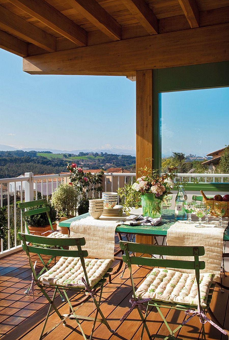 adelaparvu.com despre casa cu terase, casa cu tamplarie verde, casa Spania, Comillas, foto Elmueble (3)