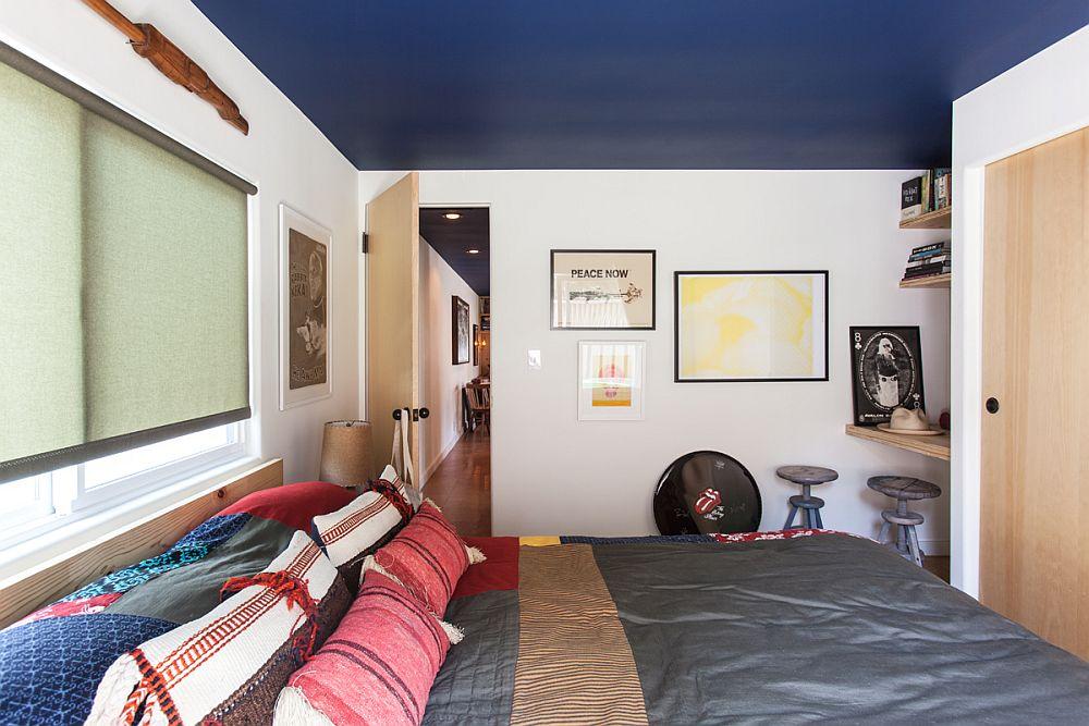 adelaparvu.com despre casa de vacanta intr-o rulota transformata, design Steven Johanknecht, Commune Design (10)