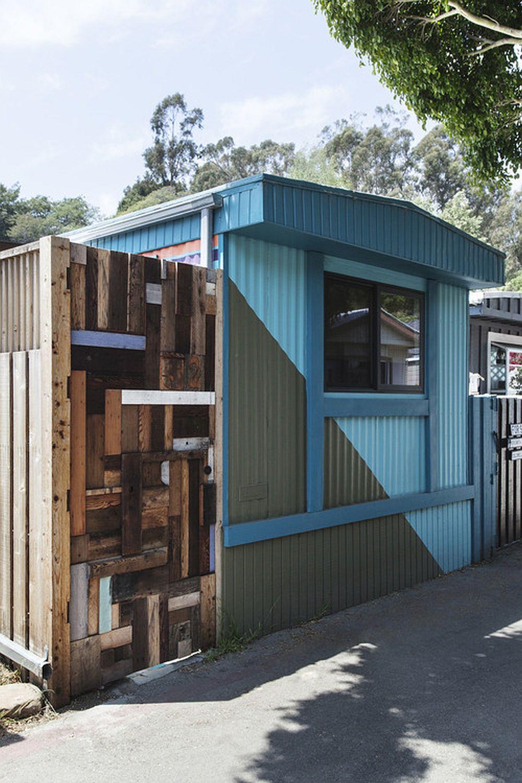 adelaparvu.com despre casa de vacanta intr-o rulota transformata, design Steven Johanknecht, Commune Design (11)