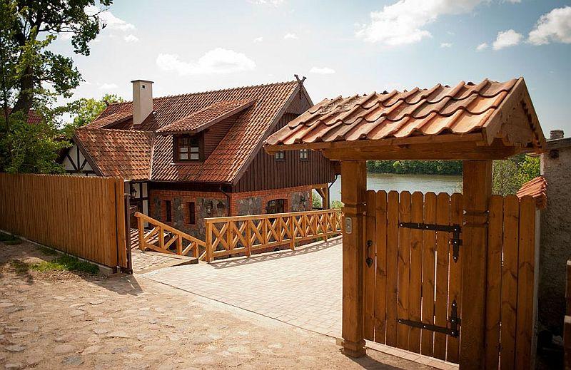 adelaparvu.com despre casa din caramida, pensiune Szara Sowa, Polonia (22)