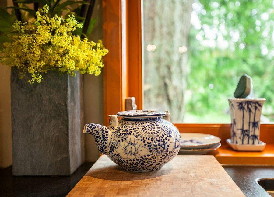 adelaparvu.com despre casa mica cu acoperis din plante, casa in stil japonez, design David Coulson, Foto Debra Brash (18)