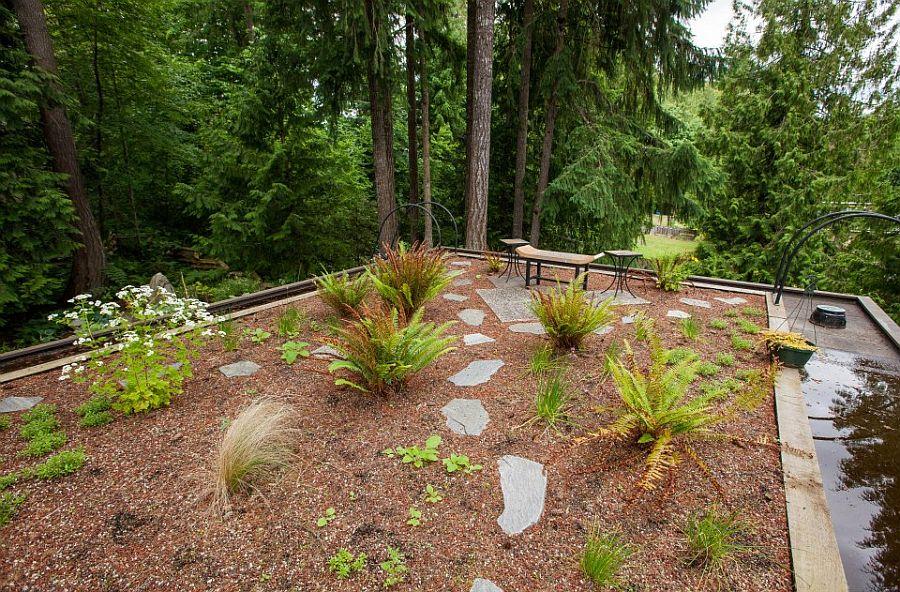 adelaparvu.com despre casa mica cu acoperis din plante, casa in stil japonez, design David Coulson, Foto Debra Brash (22)