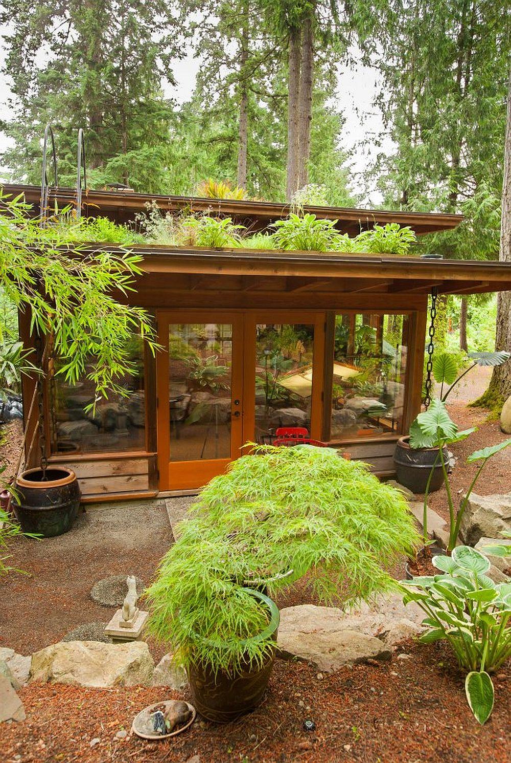adelaparvu.com despre casa mica cu acoperis din plante, casa in stil japonez, design David Coulson, Foto Debra Brash (4)