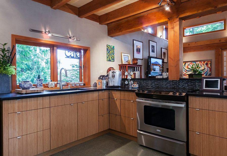 adelaparvu.com despre casa mica cu acoperis din plante, casa in stil japonez, design David Coulson, Foto Debra Brash (7)