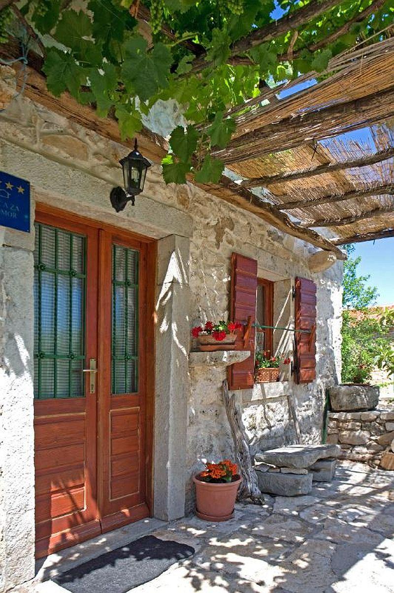 adelaparvu.com despre casa mica din piatra, casa de vacanta, casa Mia Istria, Croatia (10)