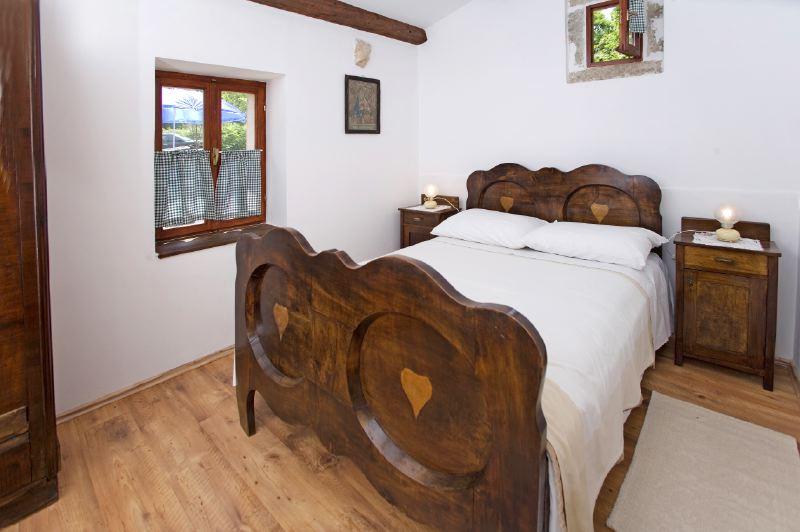 adelaparvu.com despre casa mica din piatra, casa de vacanta, casa Mia Istria, Croatia (19)
