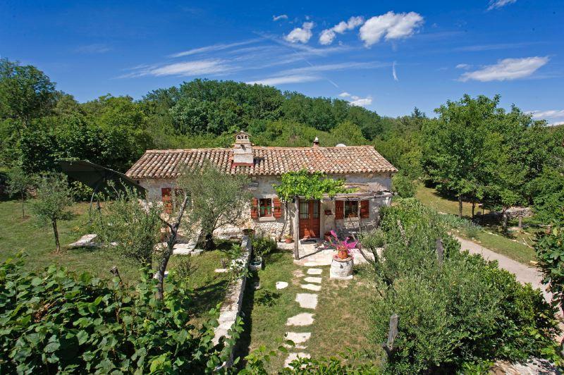 adelaparvu.com despre casa mica din piatra, casa de vacanta, casa Mia Istria, Croatia (3)