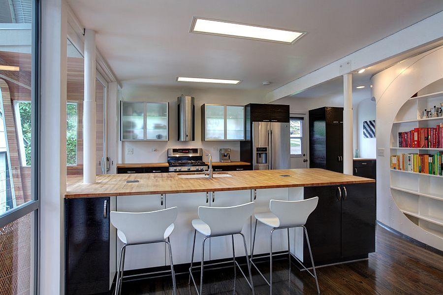 adelaparvu.com despre casa simpla transformata, casa cu acoperis arcuit, casa americana, casa SUA, arhitect Edgar Papazian, Foto Lincoln Barbour (19)