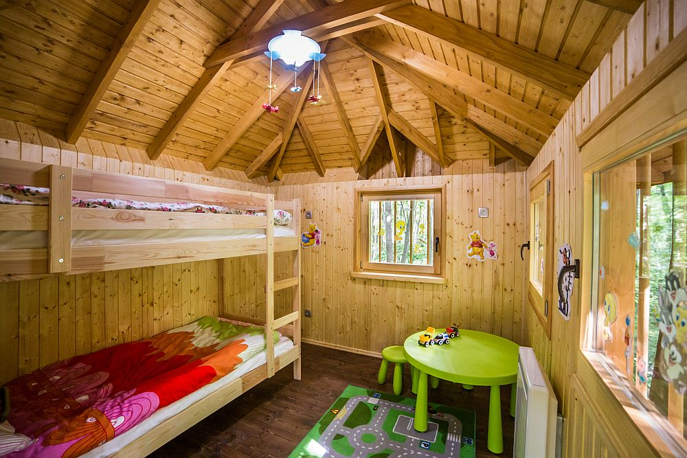 adelaparvu.com despre casute in copaci si parc de aventura Balotesti, Edenland Park, Romania (25)