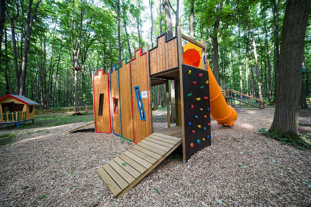 adelaparvu.com despre casute in copaci si parc de aventura Balotesti, Edenland Park, Romania (29)