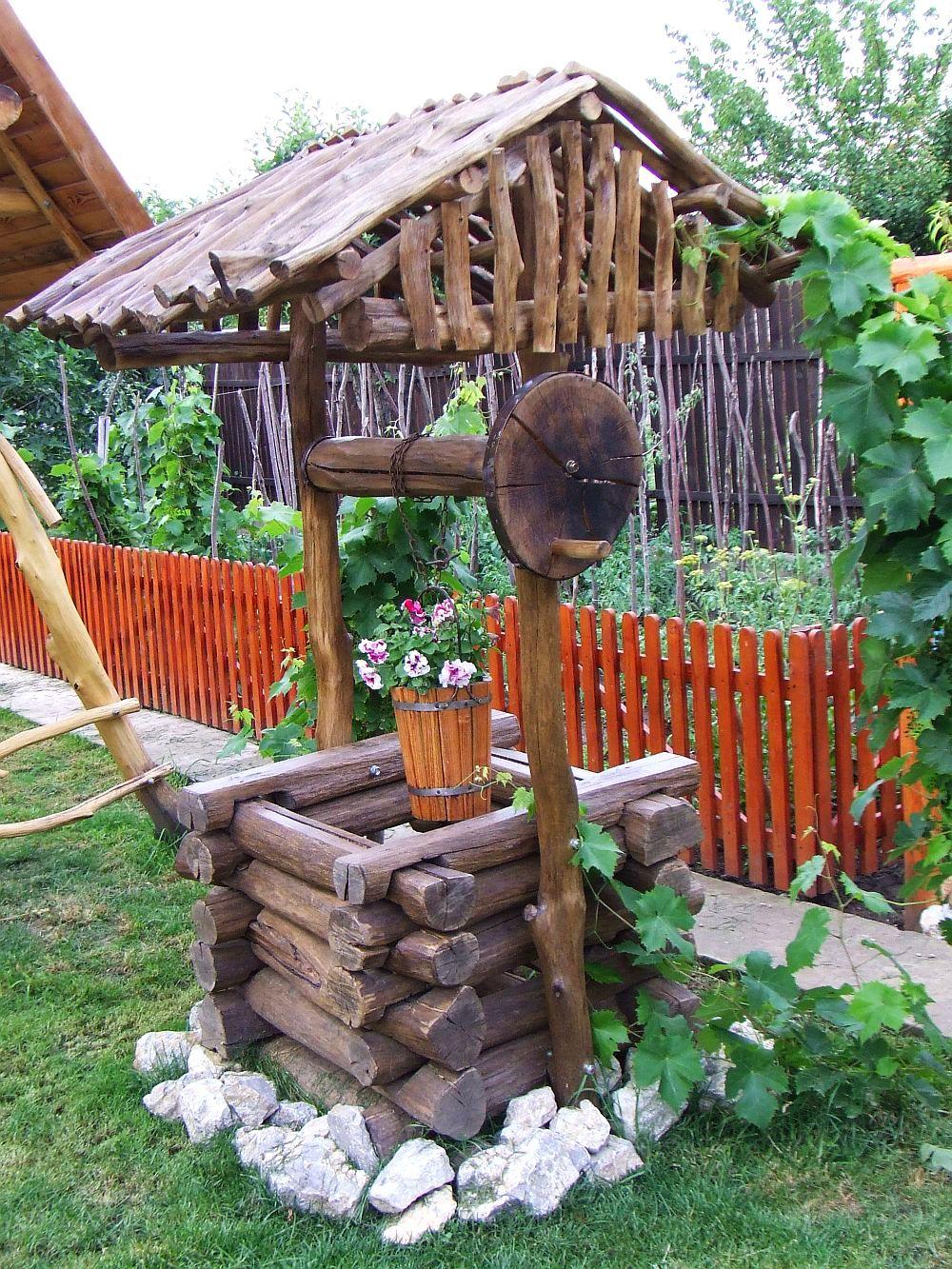 adelaparvu.com despre fantani decorative din lemn, masti pentru fantani, design Rustic Design, oradea (11)