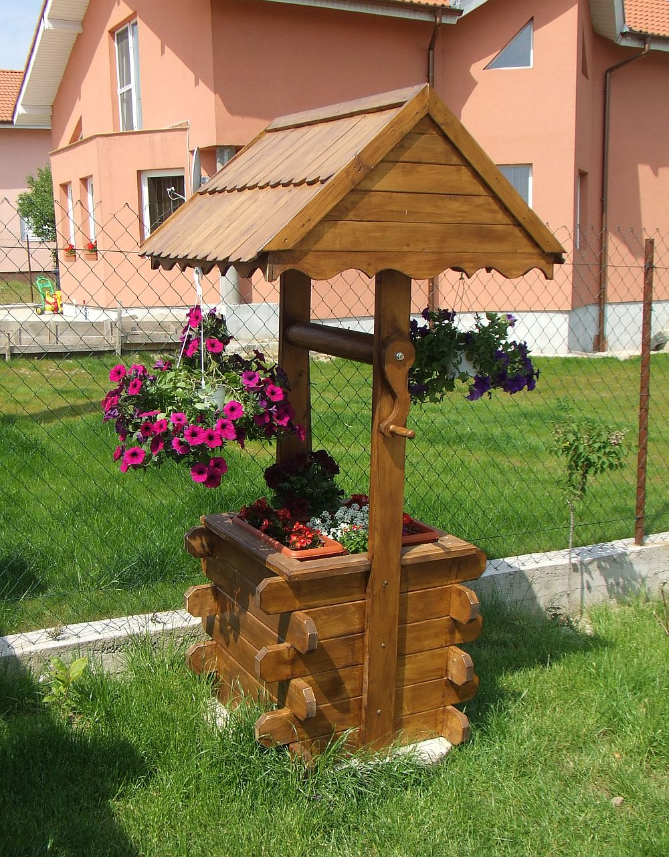 adelaparvu.com despre fantani decorative din lemn, masti pentru fantani, design Rustic Design, oradea (3)