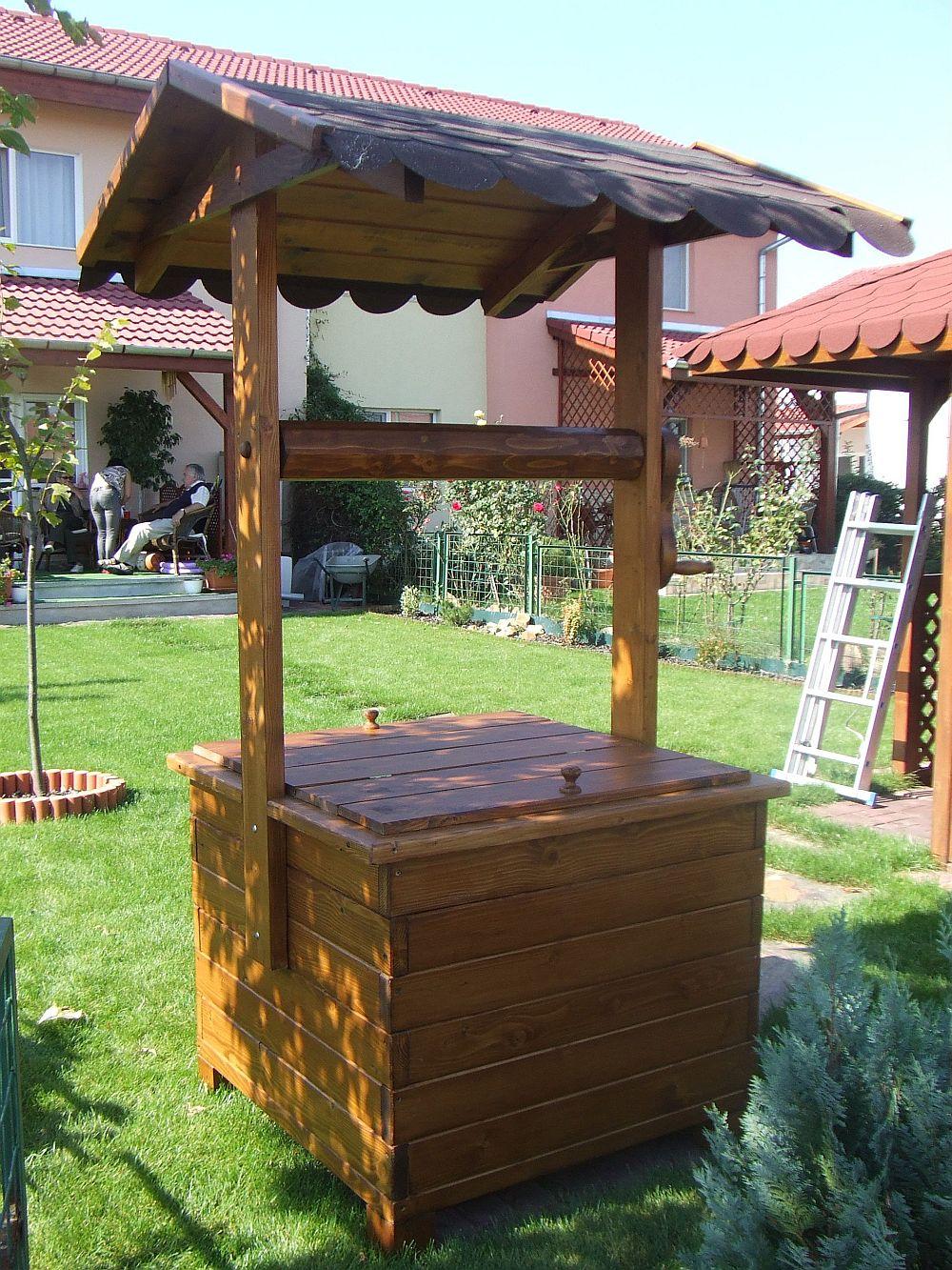 adelaparvu.com despre fantani decorative din lemn, masti pentru fantani, design Rustic Design, oradea (6)