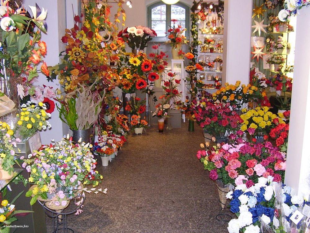 adelaparvu.com despre flori artificiale din matase, Kunstblumen Sebnitz, Germania (8)