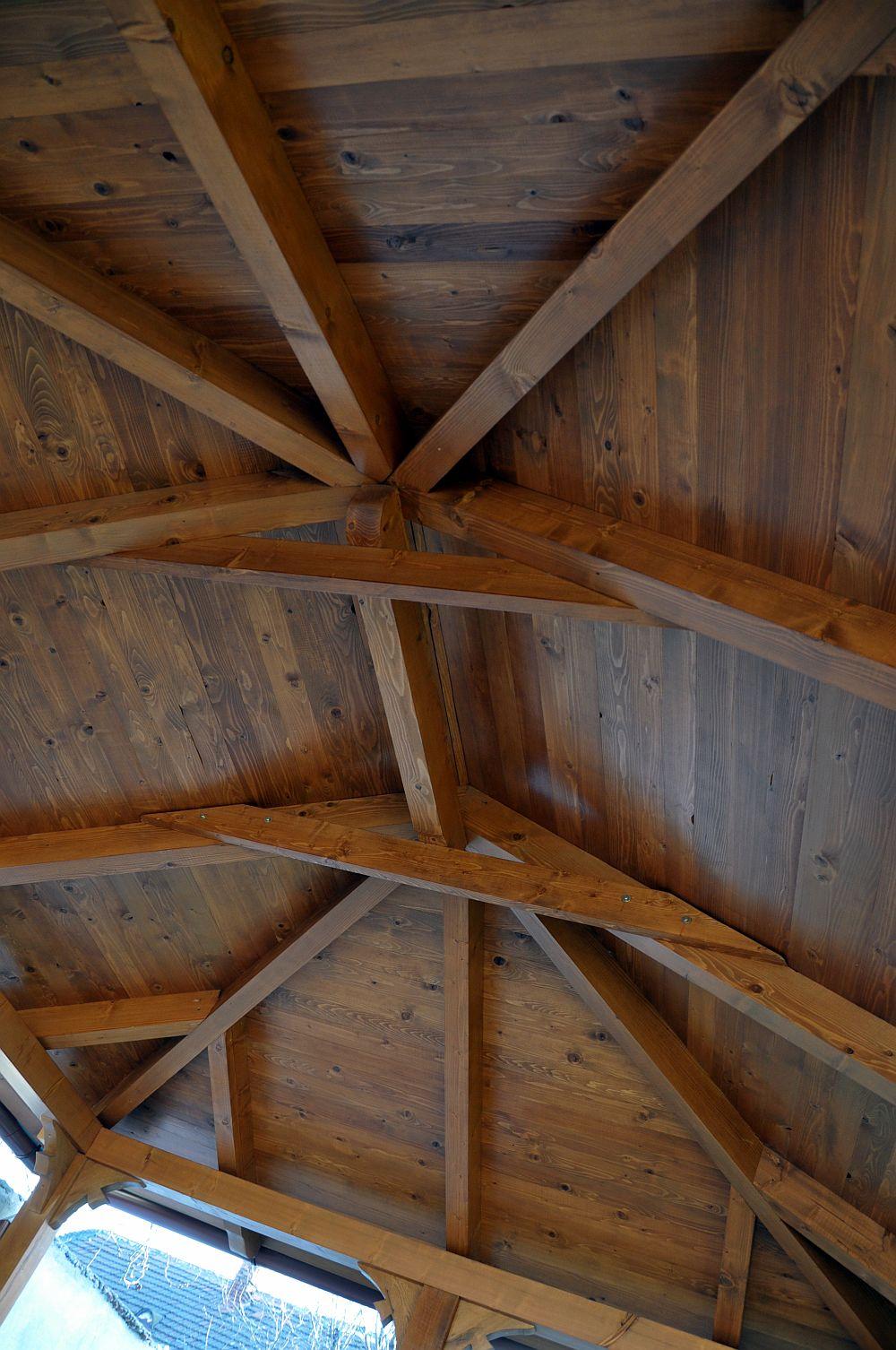 adelaparvu.com despre foisoare lemn, foisor dreptunghiular, firma Rustic Design, Romania (4)
