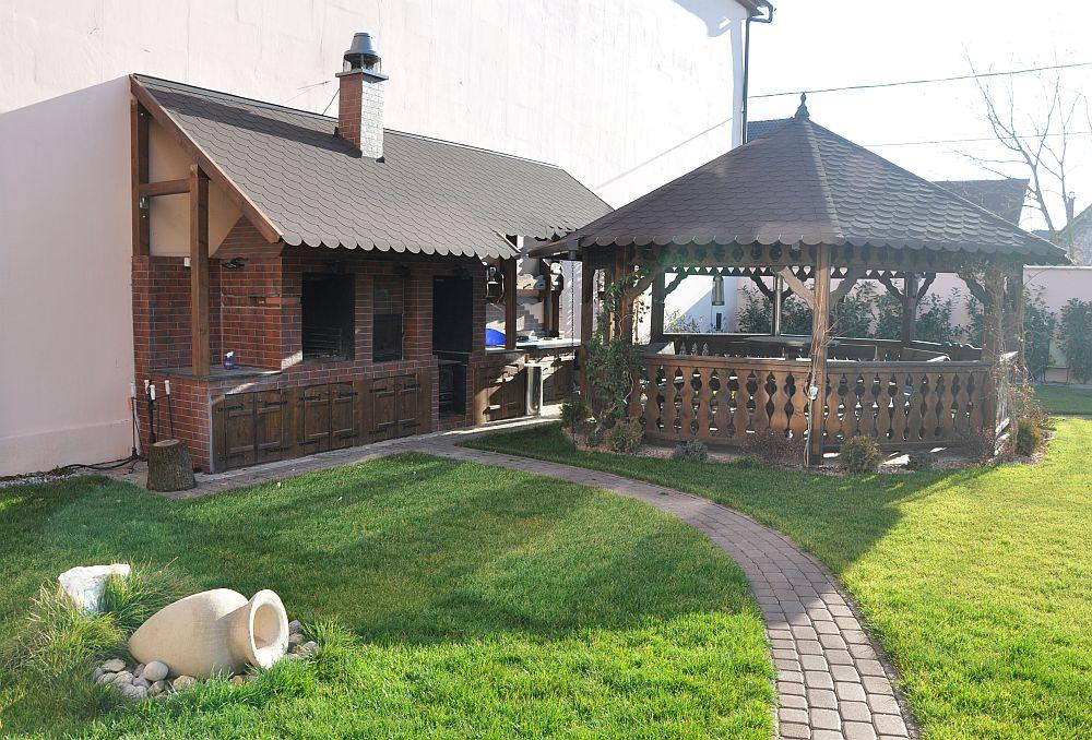 adelaparvu.com despre foisoare lemn rustice, foisoare din lemn, foisor octogonal, design Rustic Design, Romania (1)