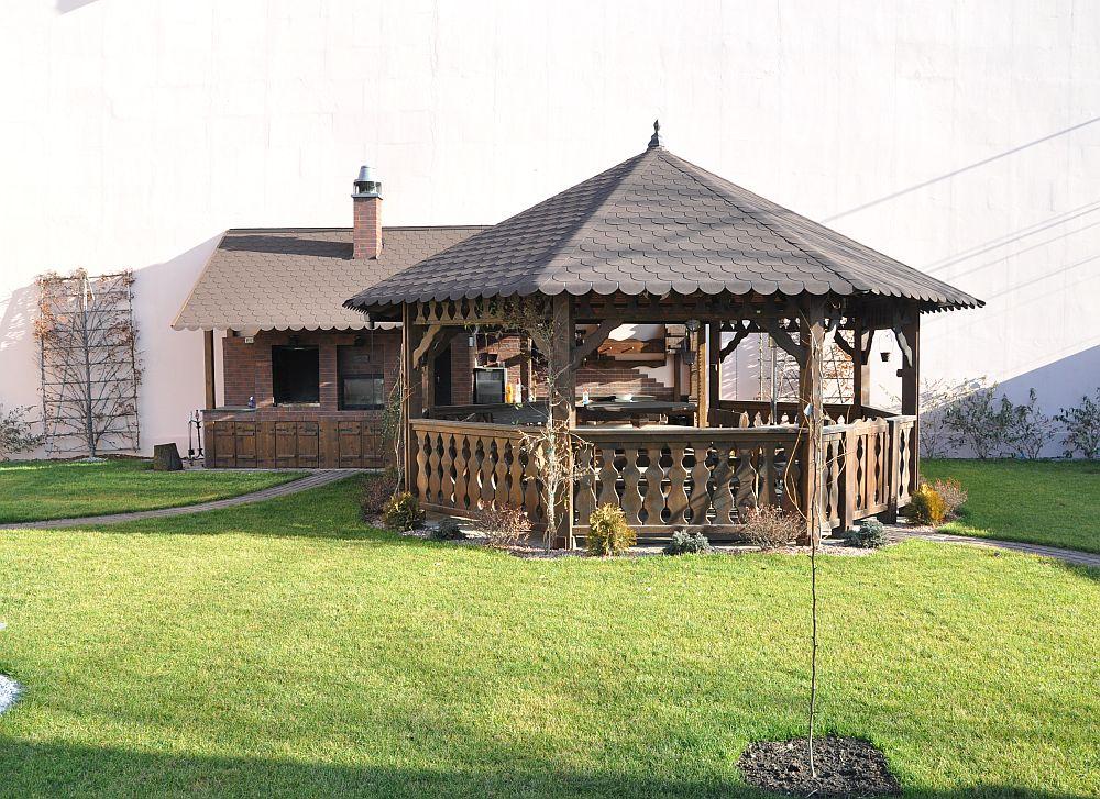 adelaparvu.com despre foisoare lemn rustice, foisoare din lemn, foisor octogonal, design Rustic Design, Romania (2)