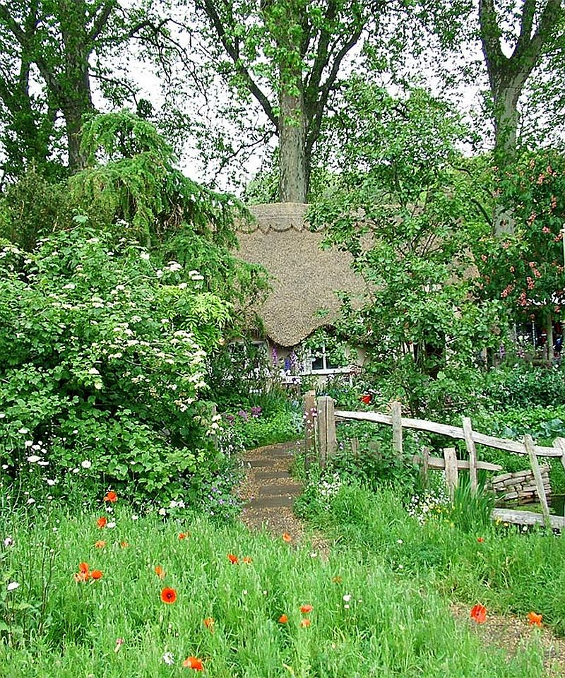 adelaparvu.com despre gradina rustica englezeasca, gradina Anglia, gradina Chelsea Pensioners Garden, designer peisagist Julian Dowle, Foto blog MooseysCountryGarden (1)