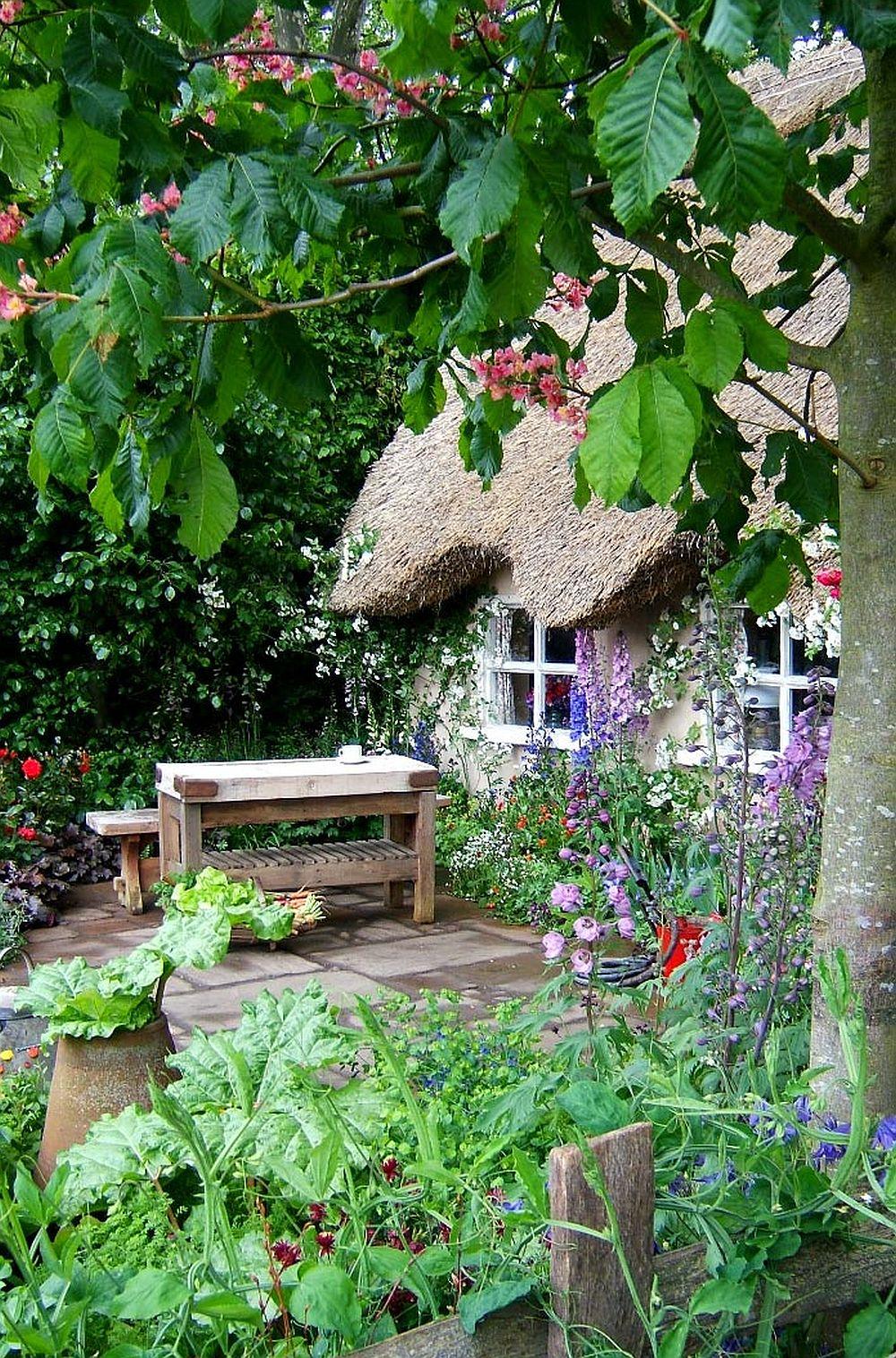 adelaparvu.com despre gradina rustica englezeasca, gradina Anglia, gradina Chelsea Pensioners Garden, designer peisagist Julian Dowle, Foto blog MooseysCountryGarden (10)