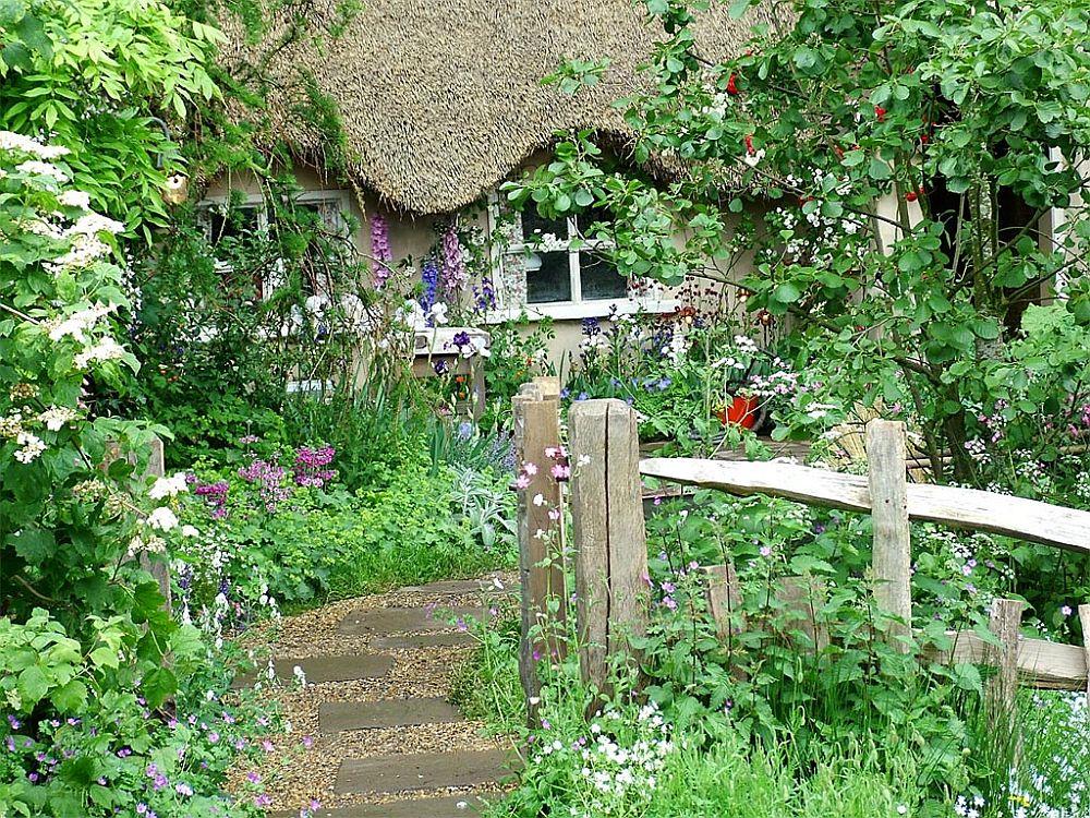 adelaparvu.com despre gradina rustica englezeasca, gradina Anglia, gradina Chelsea Pensioners Garden, designer peisagist Julian Dowle, Foto blog MooseysCountryGarden (3)