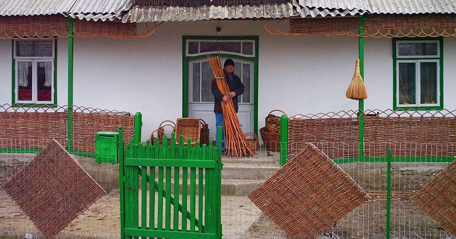 adelaparvu.com despre mobilier, chioscuri si cosuri din rachita, design familia Toderascu, satul Heci judetul Iasi (4)