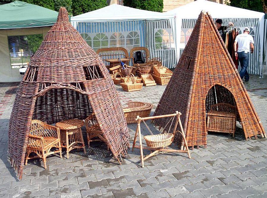 adelaparvu.com despre mobilier, chioscuri si cosuri din rachita, design familia Toderascu, satul Heci judetul Iasi (5)