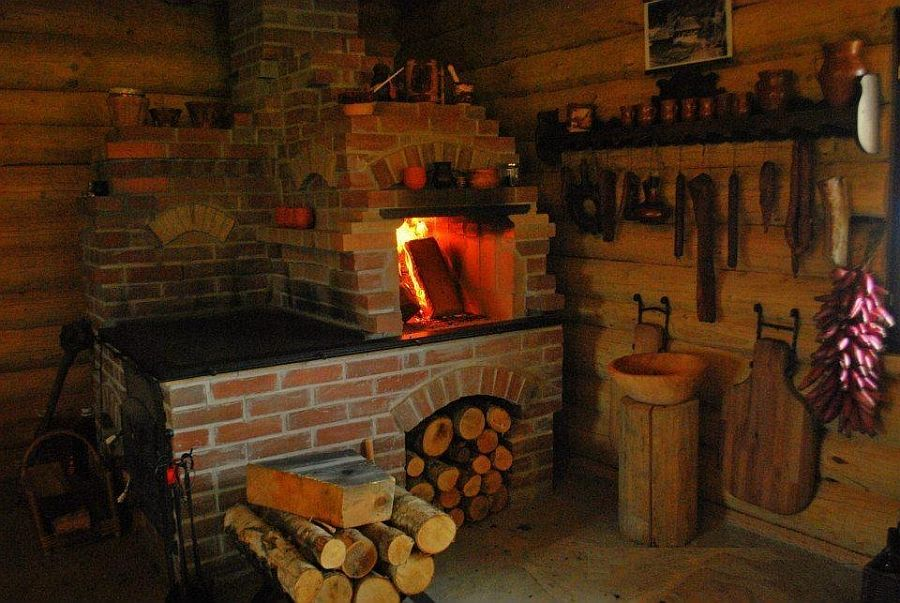 adelaparvu.com despre pensiune Bucovina, Casa Baciu, Fundu Moldovei, Romania (1)