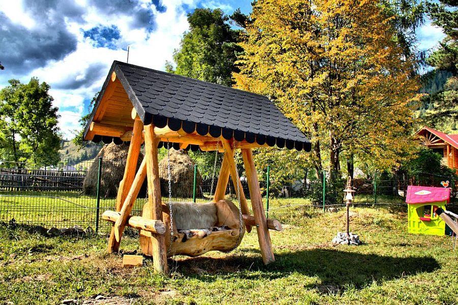 adelaparvu.com despre pensiune Bucovina, Casa Baciu, Fundu Moldovei, Romania (15)