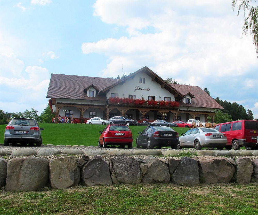 adelaparvu.com despre pensiunea Gerendas, Ghindari, judetul Mures, Romania, arhitect Eniko Leszai  (10)