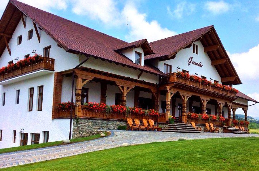adelaparvu.com despre pensiunea Gerendas, Ghindari, judetul Mures, Romania, arhitect Eniko Leszai  (7)