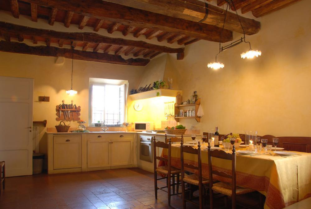 adelaparvu.com despre stilul toscan, casa in stil toscan, Casa Fiora, Lucca, Italia (10)