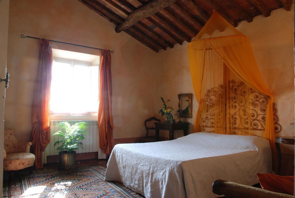 adelaparvu.com despre stilul toscan, casa in stil toscan, Casa Fiora, Lucca, Italia (13)