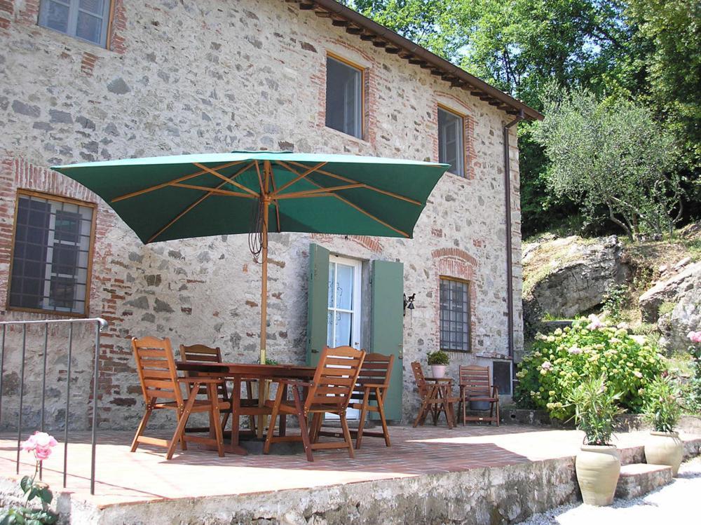 adelaparvu.com despre stilul toscan, casa in stil toscan, Casa Fiora, Lucca, Italia