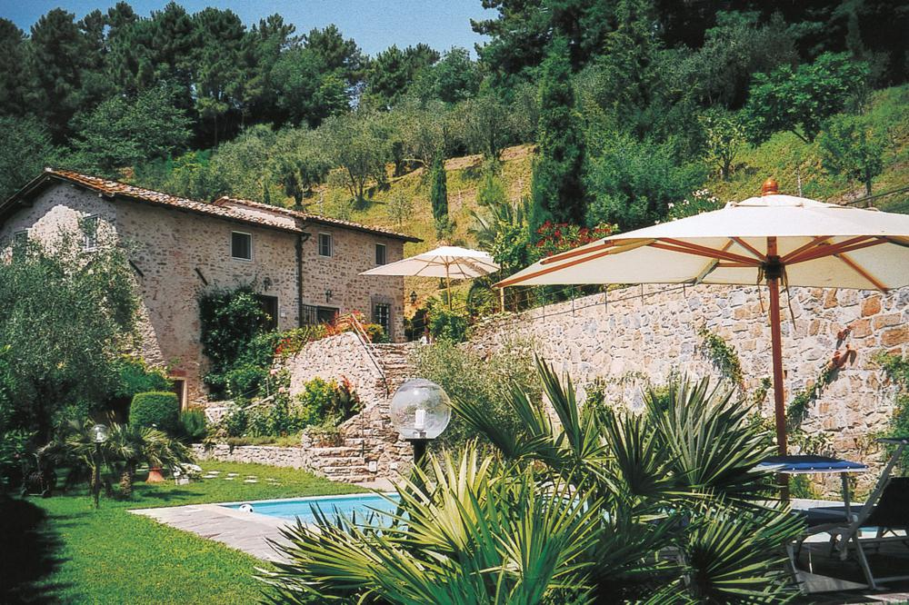 adelaparvu.com despre stilul toscan, casa in stil toscan, Villa Al Castello, Lucca, Italia (1)