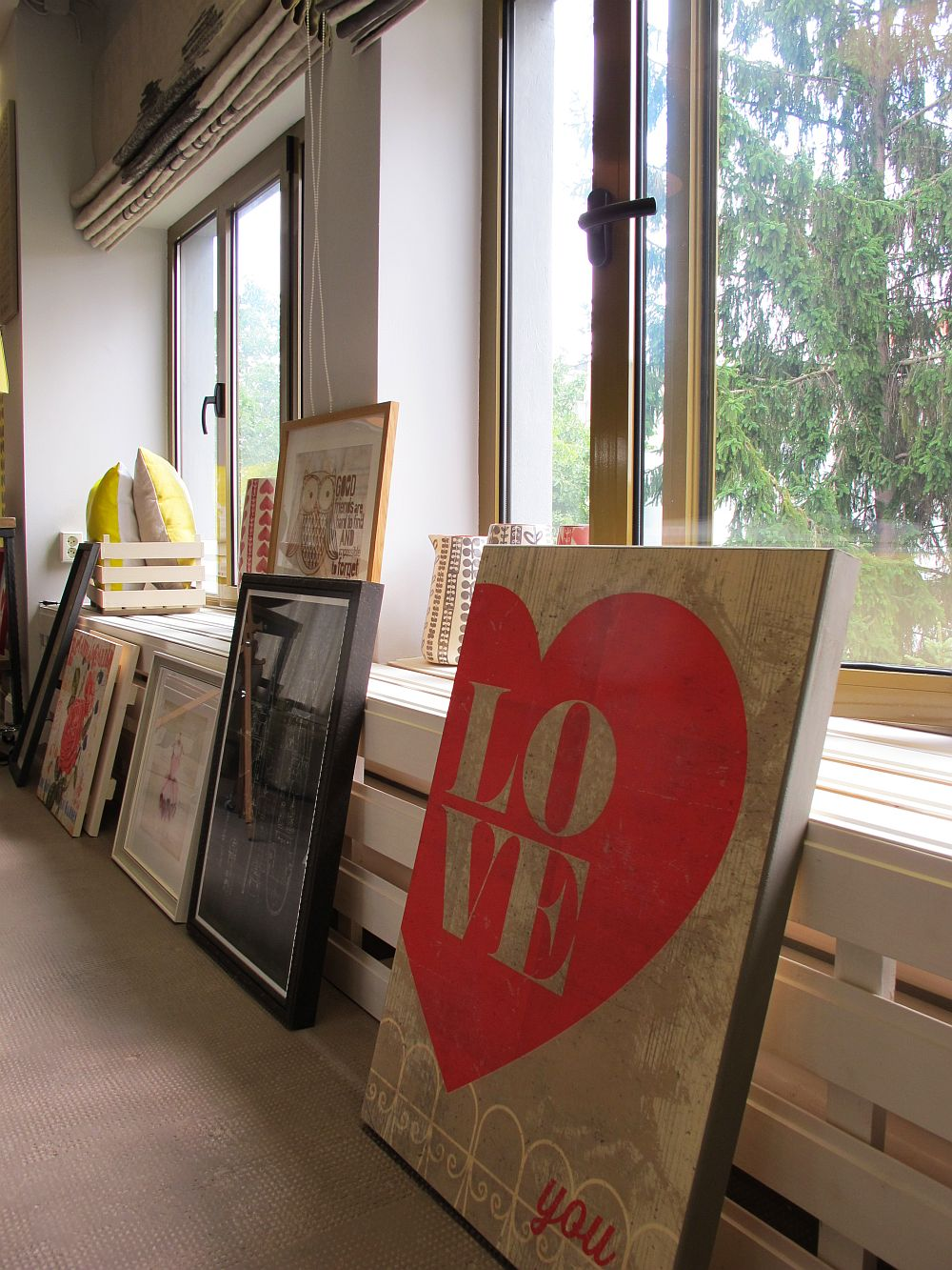 adelaparvu.com despre tablouri decorative, postere si fototapete produse in Romania, GAP Tg. Mures, Global Art Production (34)