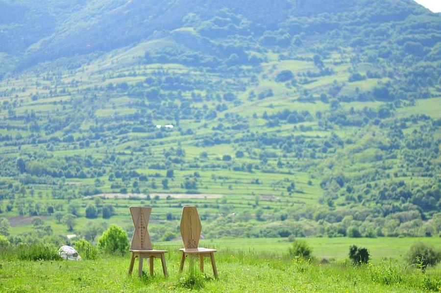 adelaparvu.com despre SEZI, scaune din lemn masiv, design Octavia Casoni si Lucian Lois (5)