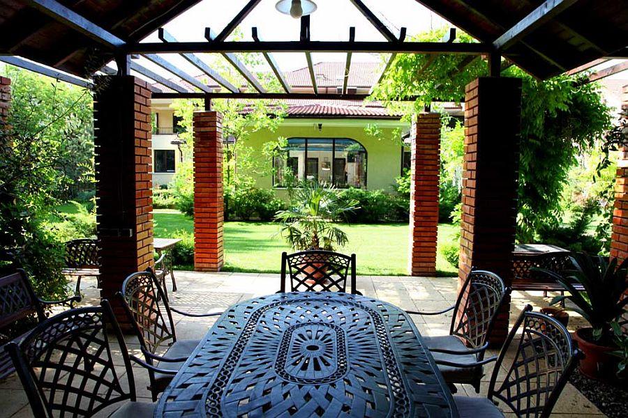 adelaparvu.com despre amenajare gradina Padurea Baneasa, arhitect Sorin Ciorapciu, Babylon Garden (8)