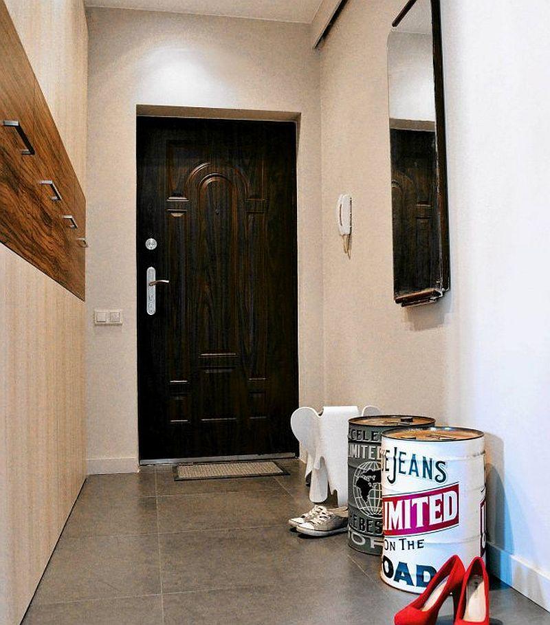 adelaparvu.com despre apartament 2 camere 48 mp cu reproduceri dupa Klimt, design Pink Pug Design, Polonia (12)