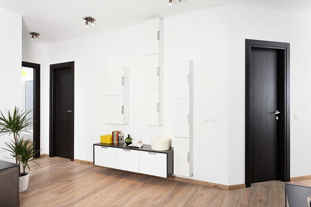 adelaparvu.com despre apartament cu usi interioare wenge, apartament 3 camere The Park (11)