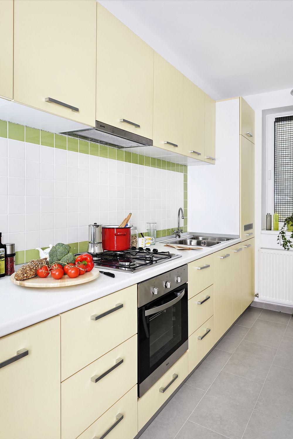adelaparvu.com despre apartament cu usi interioare wenge, apartament 3 camere The Park (5)