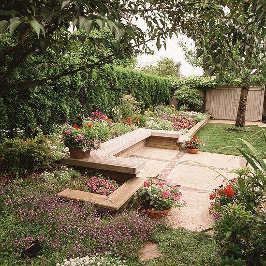 adelaparvu.com despre banci si constructii de lemn in gradina, Foto BHG 8