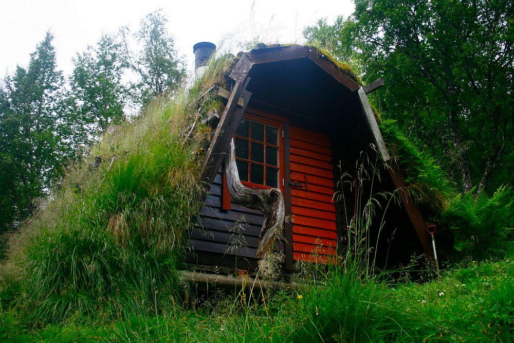adelaparvu.com despre cabana de munte cu acoperis verde construita de studentii NTNU, cabana Holvasgamma Norvegia (5)