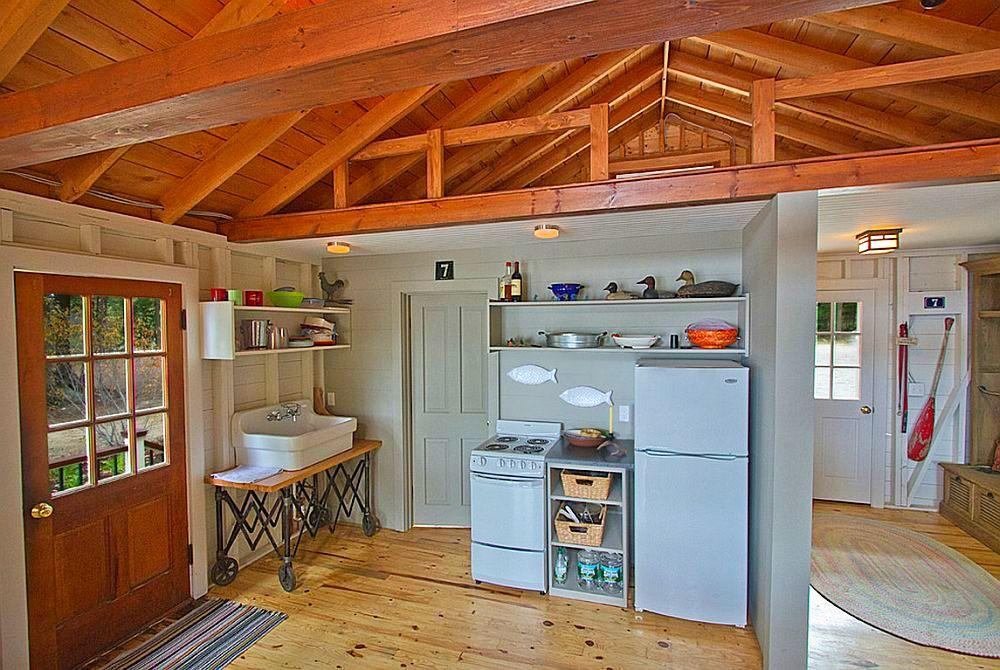 adelaparvu.com despre casa de 46 mp pe malul lacului, arhitect Jeremy Bonin, casa SUA, Foto Great Island Photography (2)