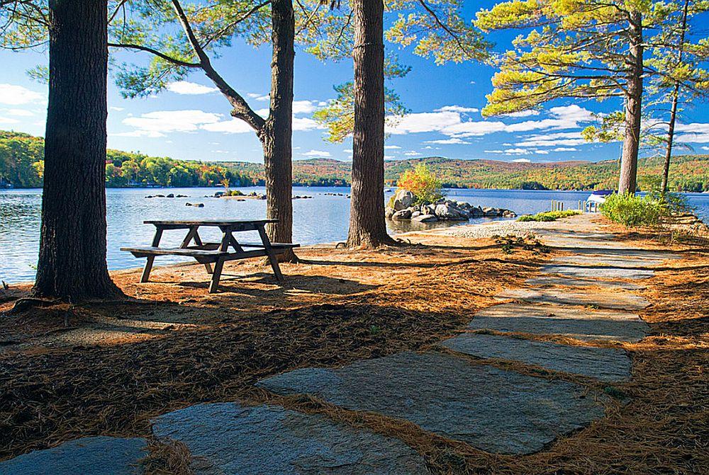 adelaparvu.com despre casa de 46 mp pe malul lacului, arhitect Jeremy Bonin, casa SUA, Foto Great Island Photography (7)
